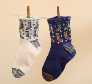 So cute! Knitting pattern for stranded socks by knitwisedesign.com
