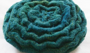 close up crop for welted waves hat